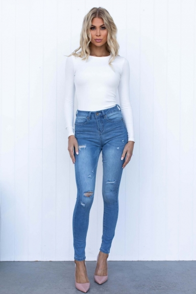 Kylie Jeans